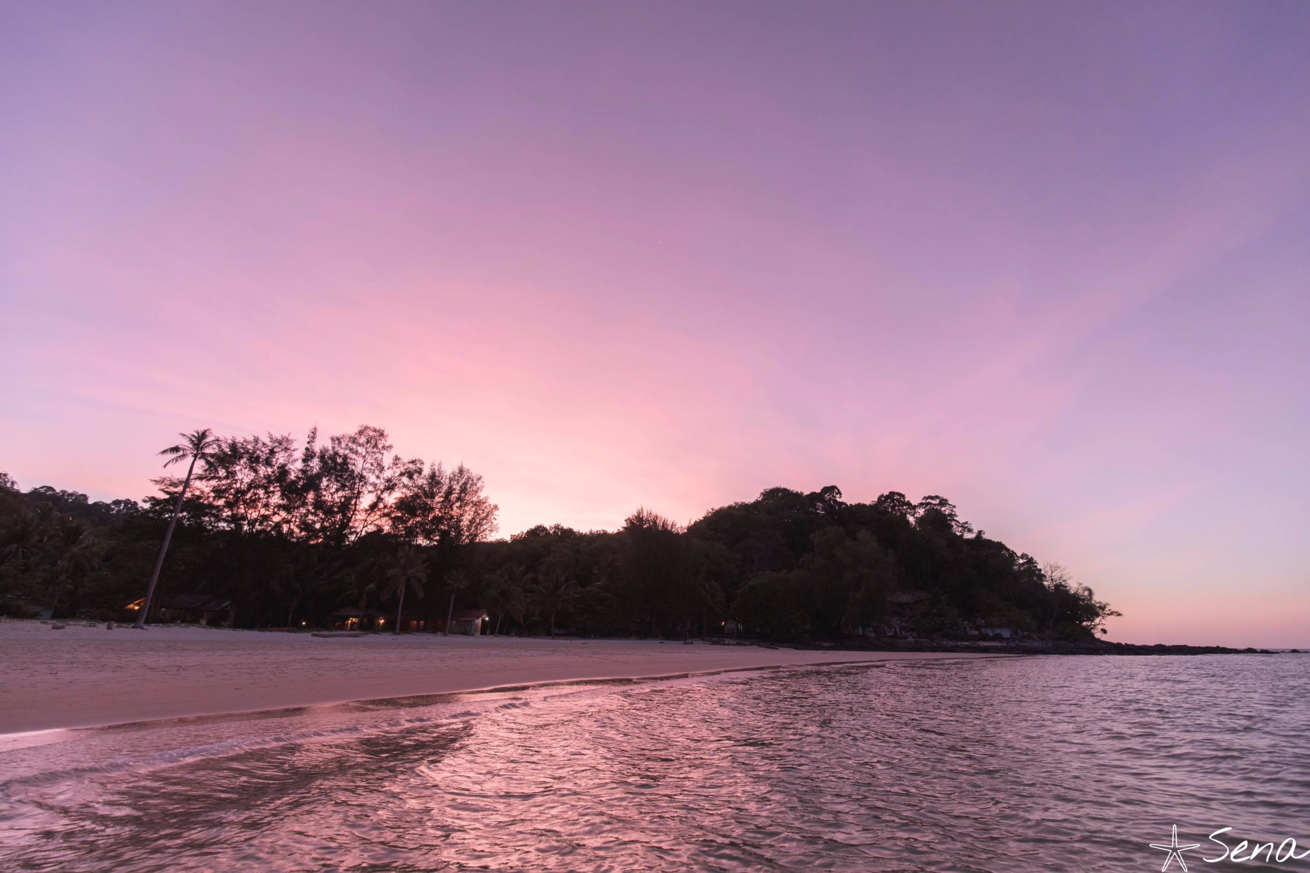 ブロン島 夕焼け